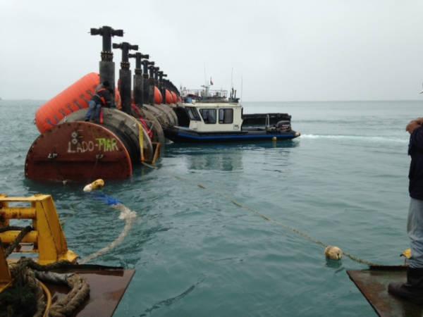 Emisario submarino de la PTAR (Planta de Tratamiento de Aguas Residuales) de Taboada, Lima (Perú)